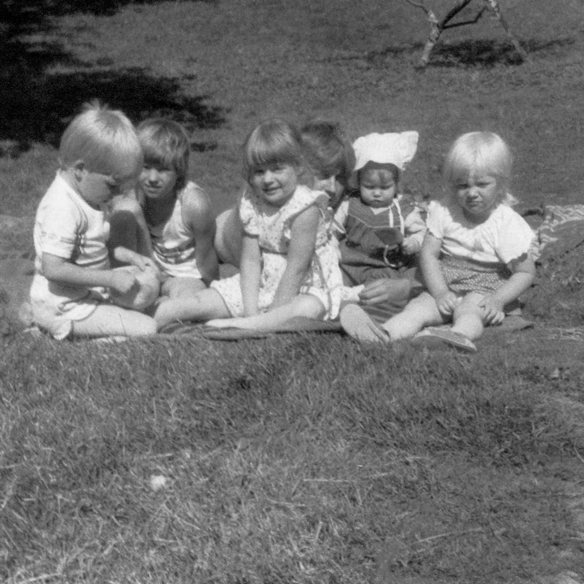 Letzte Generation Ost, Ostdeutschland, Ossi, Édition Bessard, Buch, book, Kristin Trüb, Fotografie, Dokumentation, Wende, Mauerfall, DDR, Plattenbau, Hagenow